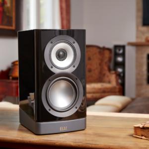 Navis Powered Speakers